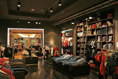 slides tommy hilfiger store swords interior tommy. Black Bedroom Furniture Sets. Home Design Ideas